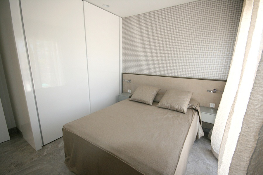 Фото ремонта спальни в коттедже